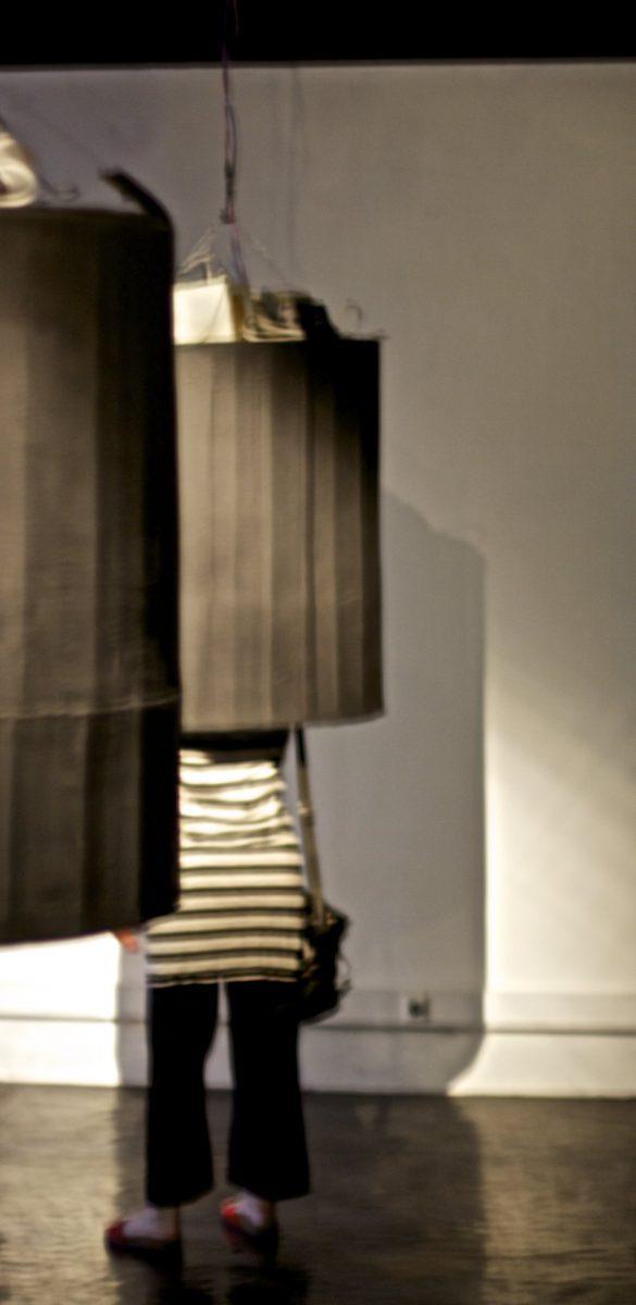 Installation - 5 cloches, Matériaux divers, sons
