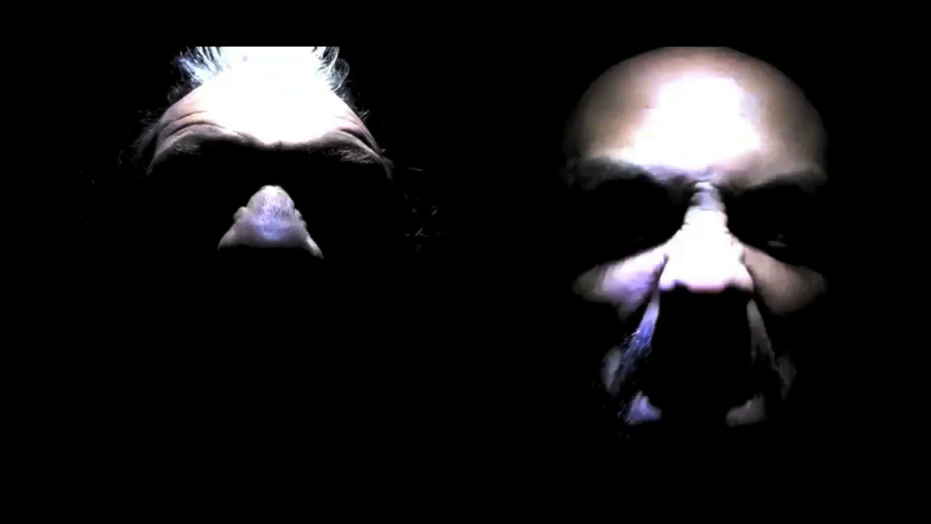 TROIS CHIENS - Vidéo - 1'00''